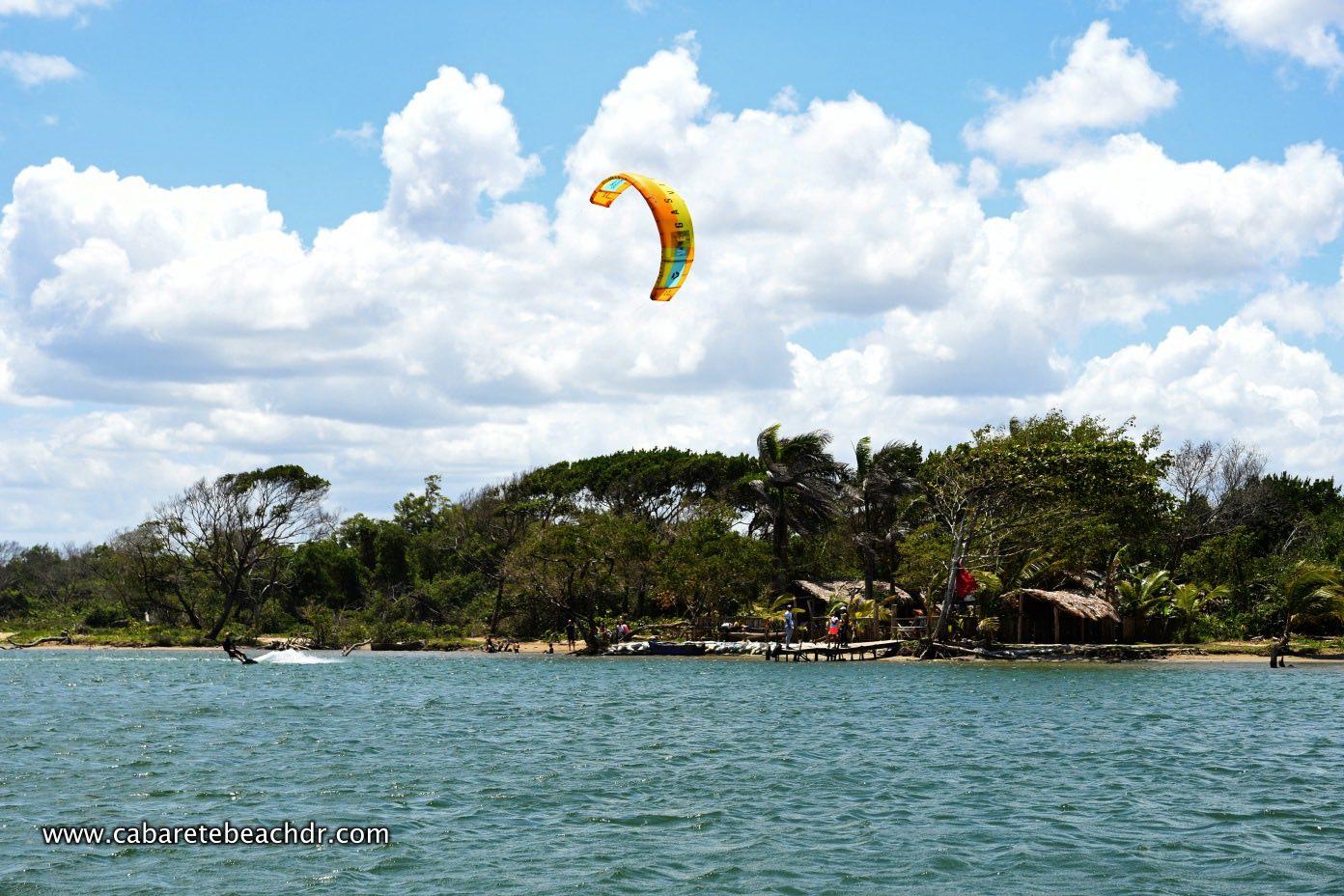 Kitesurfing at La Boca