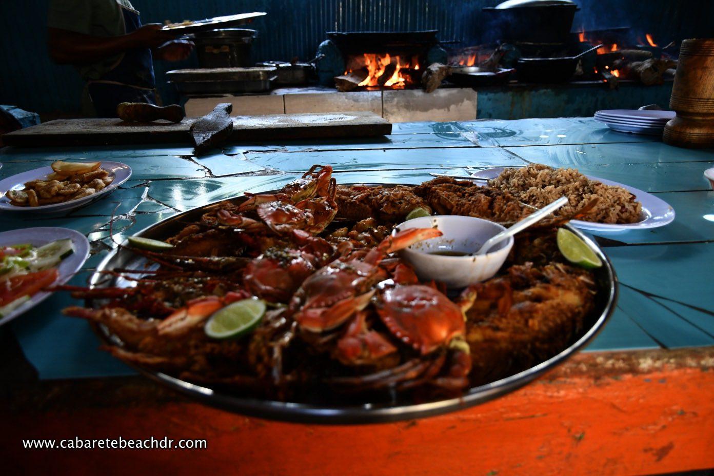 Crab and shellfish platter